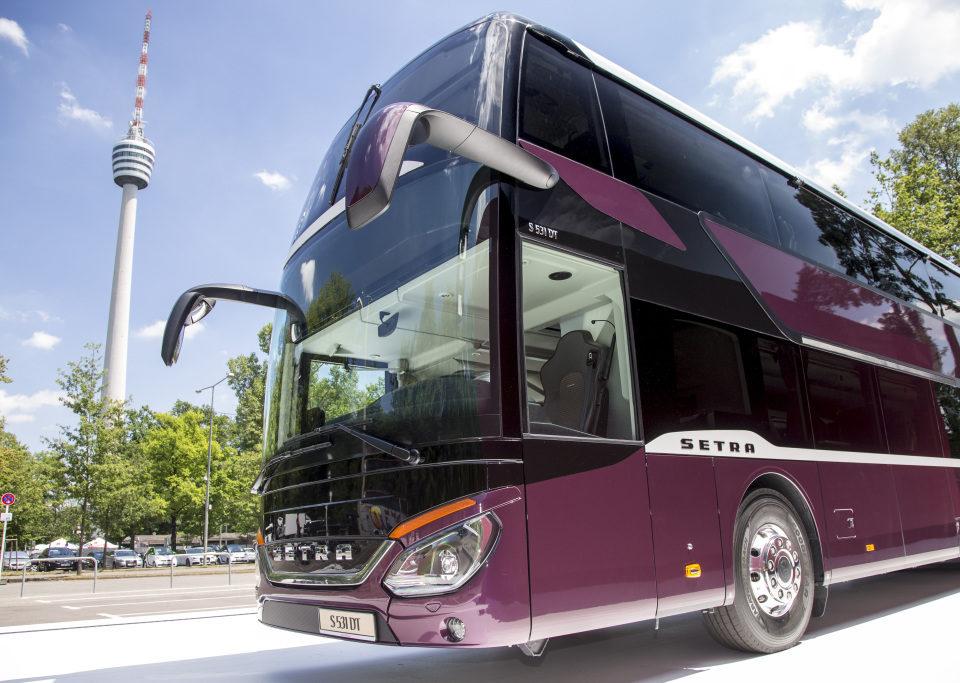 Tre generazioni di autobus a due piani la citt dell 39 autobus for Piani di coperta a 2 piani