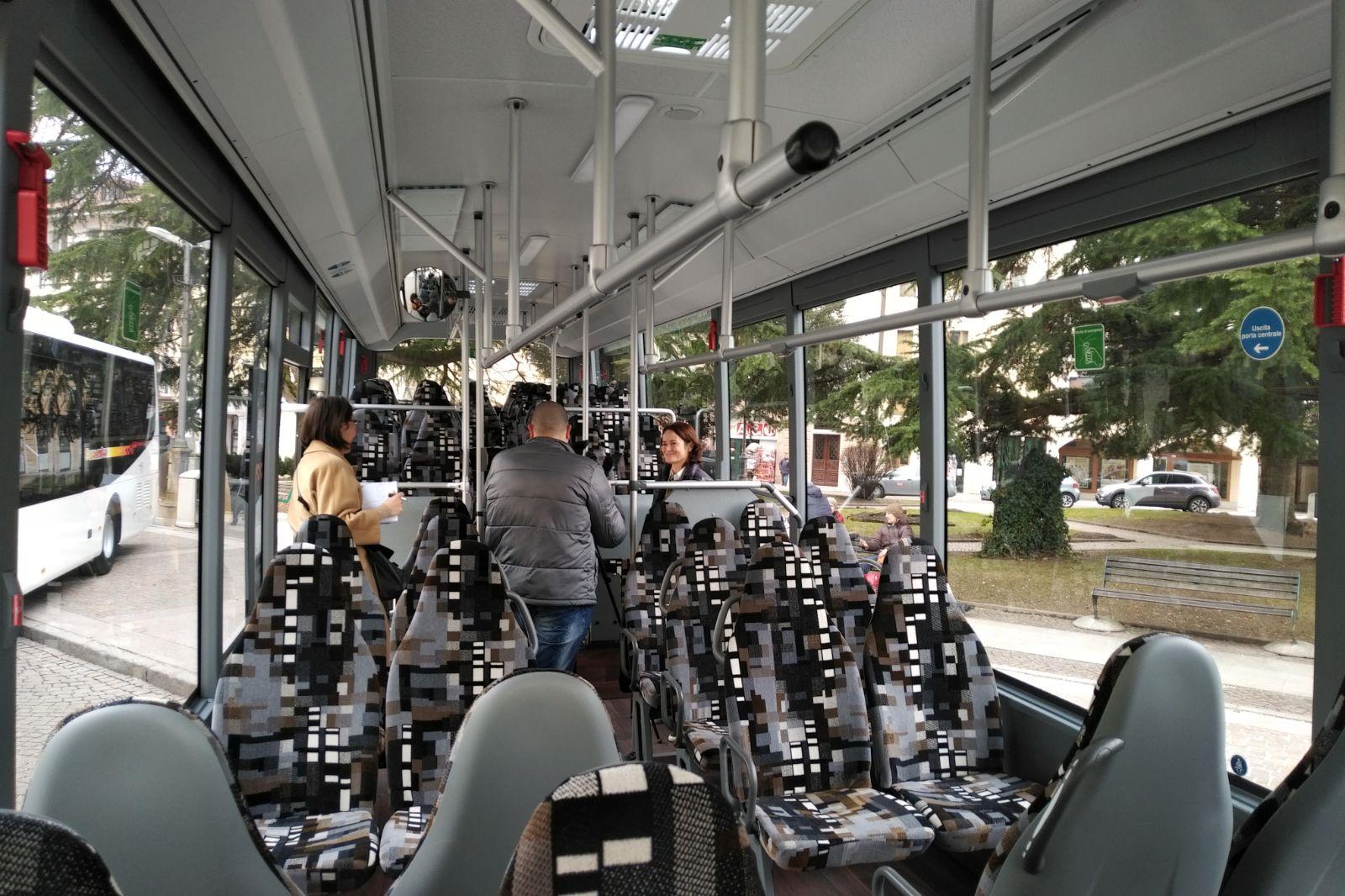 Ancora una volta, esclusivo il marchio, pubblico il servizio.nterno Autobus DolomitiBus 2018