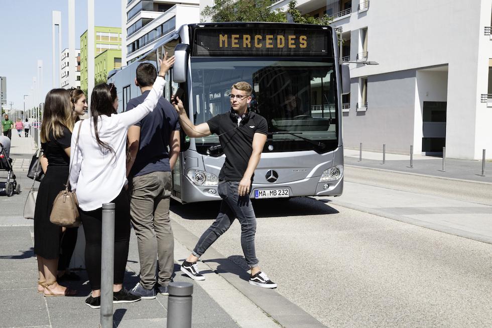 reventive Brake Assist führt Mercedes-Benz