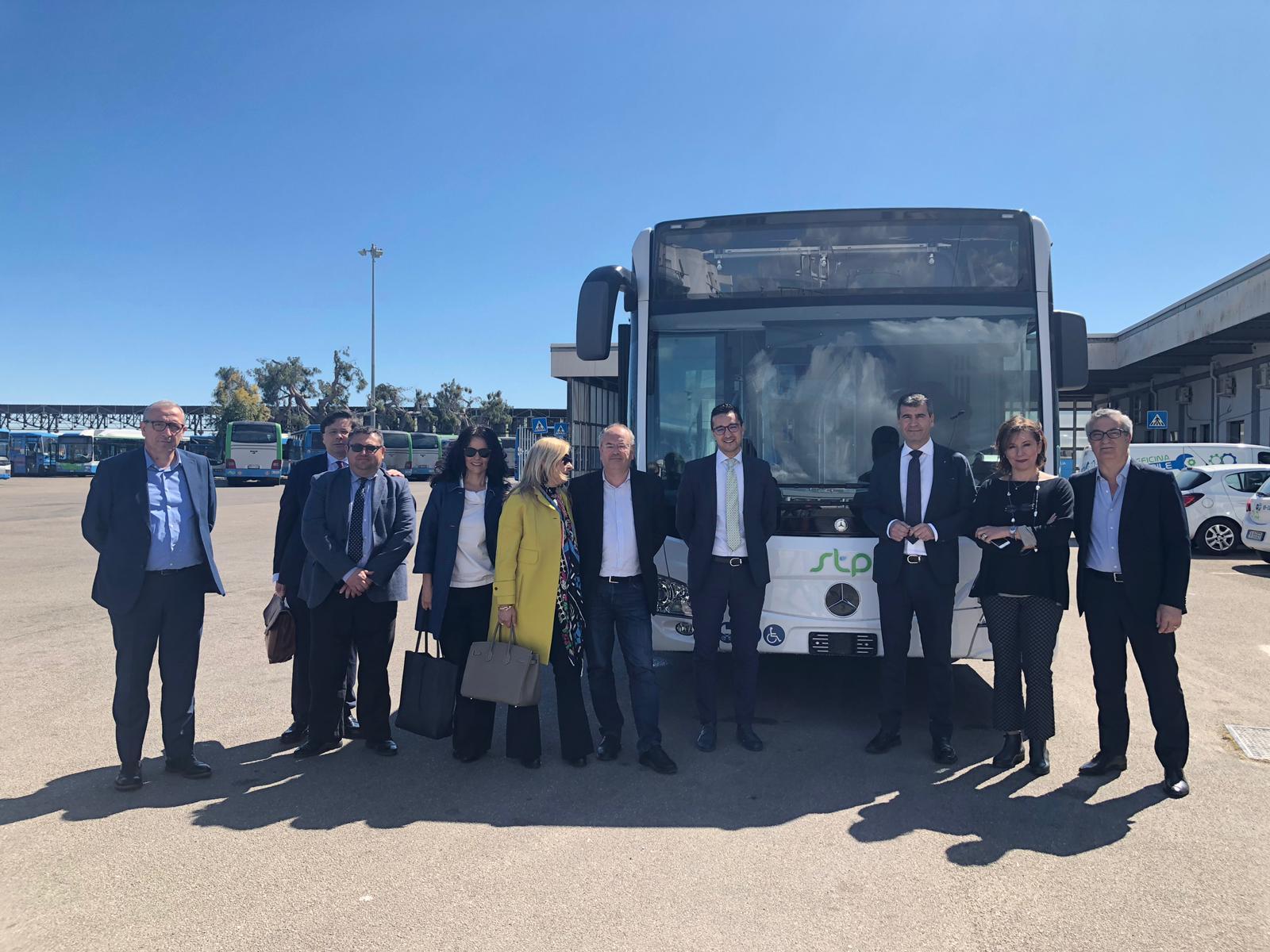 Consegna Mercedes Benz 2019 a STP Brindisi