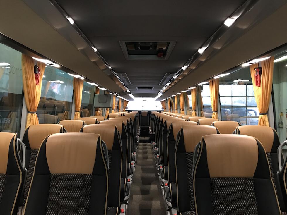 Consegna Setra 2019 a Andirivieni Travel interni