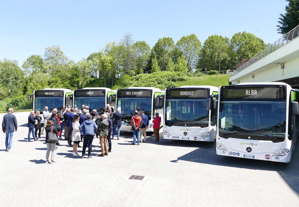 Consegna Citaro Mercedes-Ibridi a Bus Company 2019