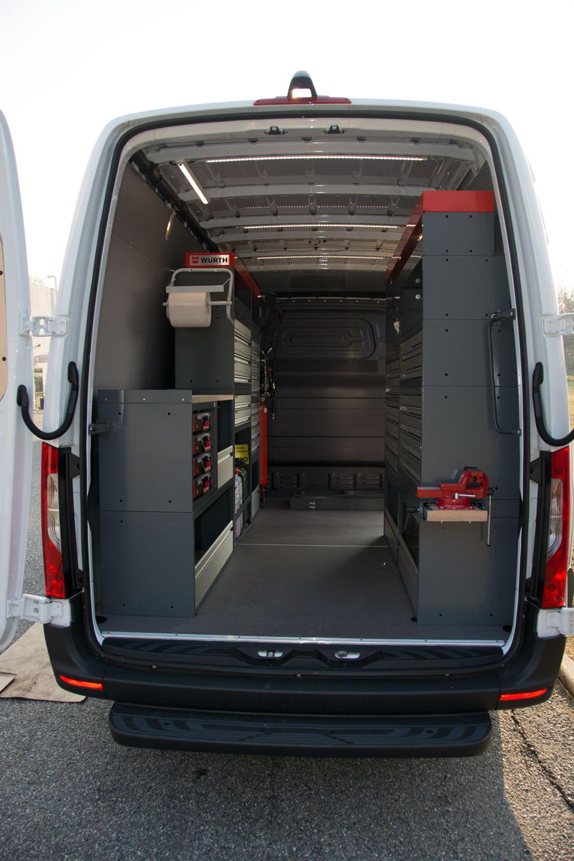 Nuovo furgone OMNIplus Besnate