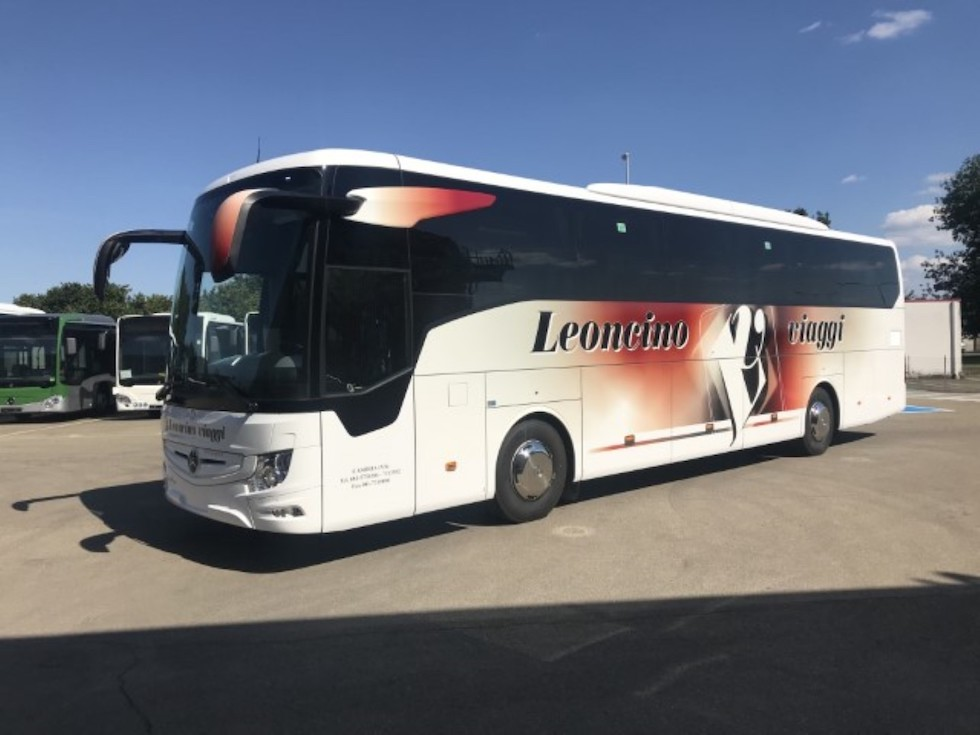 Consegna Mercedes 2020 a Leoncino Viaggi
