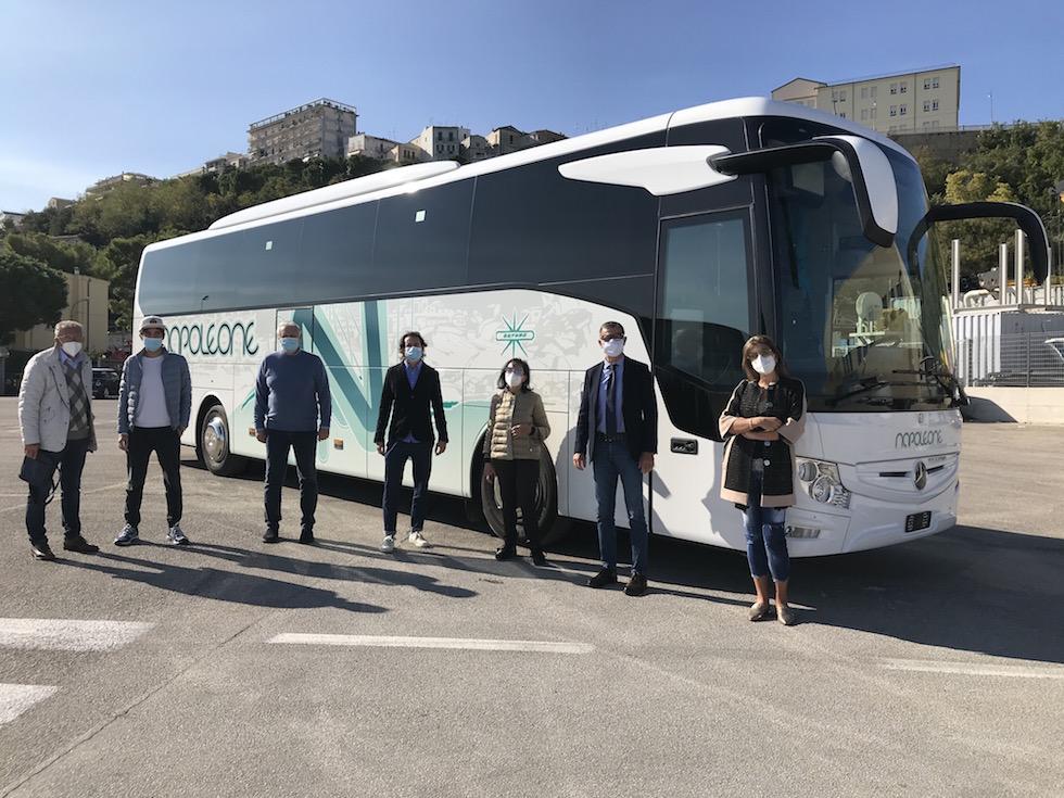 Consegna Tourismo Mercedes-Bemz 2020 a Napoleone