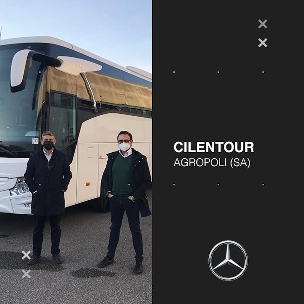 Consegna Mercedes_Benz 2020 a Cilentour