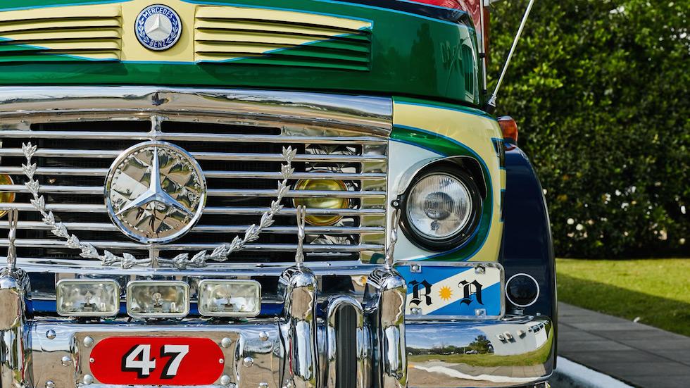 Il leggendario Mercedes‑Benz LO 1114 compie 50 anni