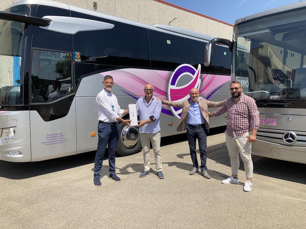 Consegna Mercedes-Benz 2021 a Gruppo Gigante