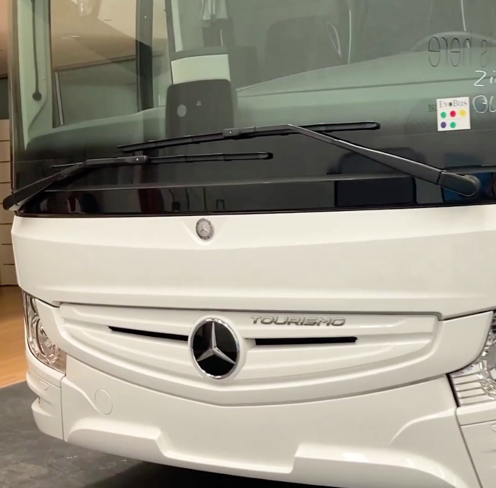 Consegna Mercedes-Benz 2021 a Ziliani